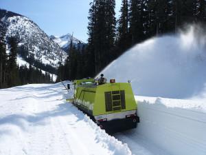 Уборка снега с территории цены