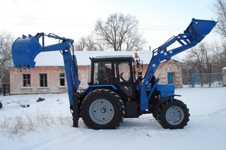 Экскаватор-погрузчик ЭО-2626-01