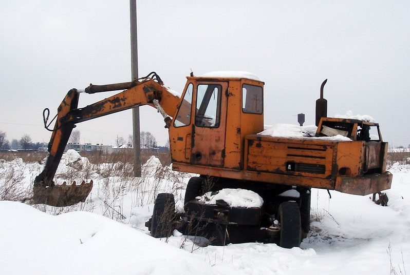 Экскаватор ЭО-3322 применение