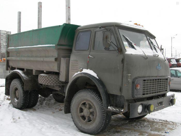 МАЗ-5549 самосвал