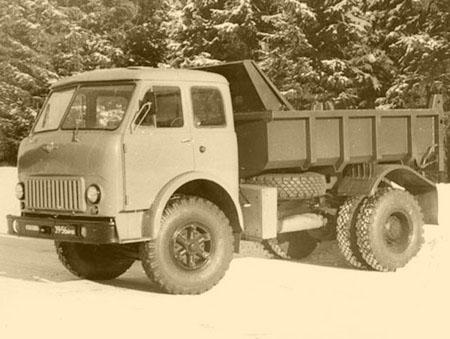 МАЗ-500 самосвал